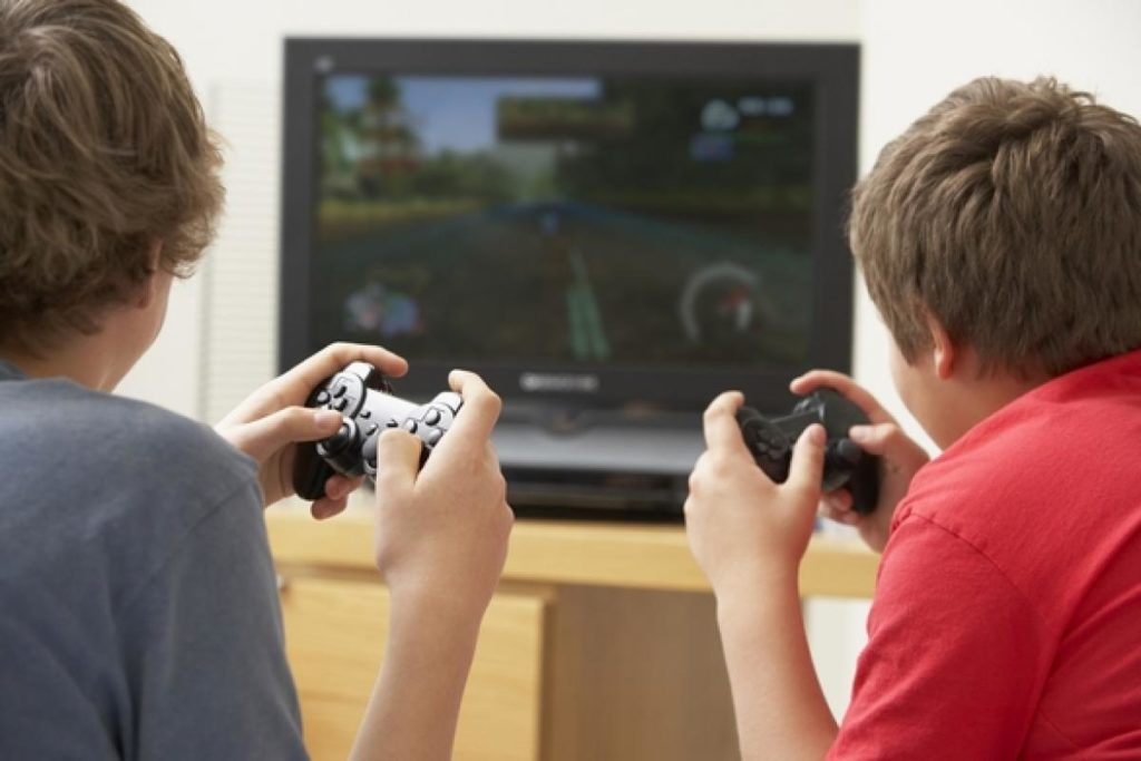 jeunes jeux vidéo joueur 1 frère